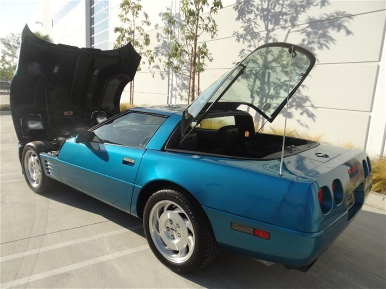 Large Picture of 1993 Corvette located in Anaheim California Offered by West Coast Corvettes - MO6A