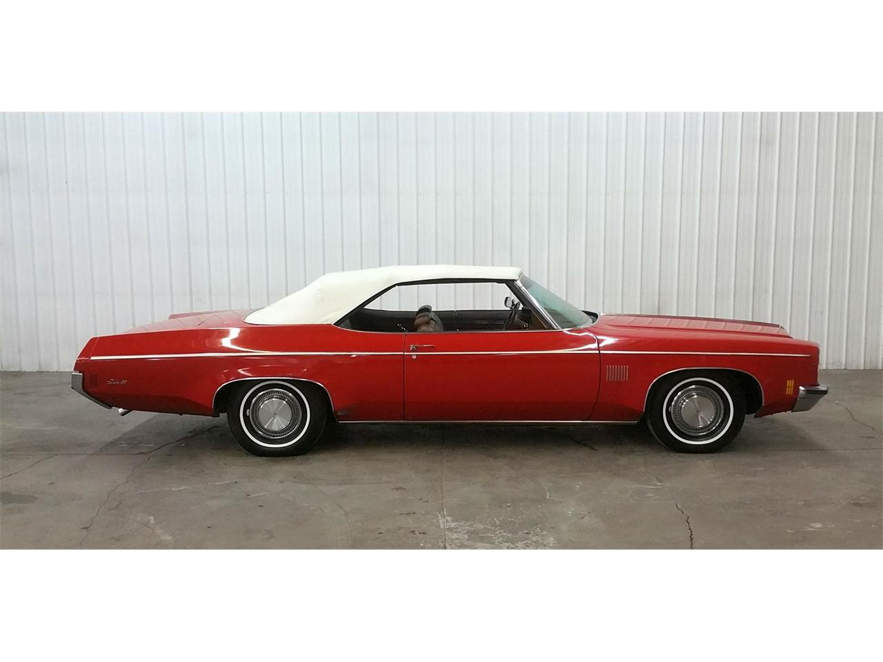 Large Picture of 1972 2-Dr Sedan - $12,950.00 - MO6G