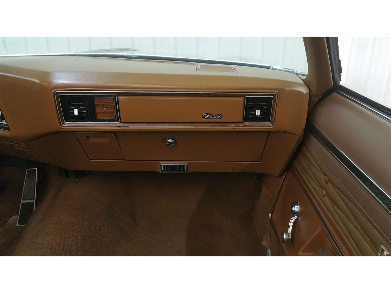 Large Picture of '72 Oldsmobile 2-Dr Sedan located in Minnesota - MO6G