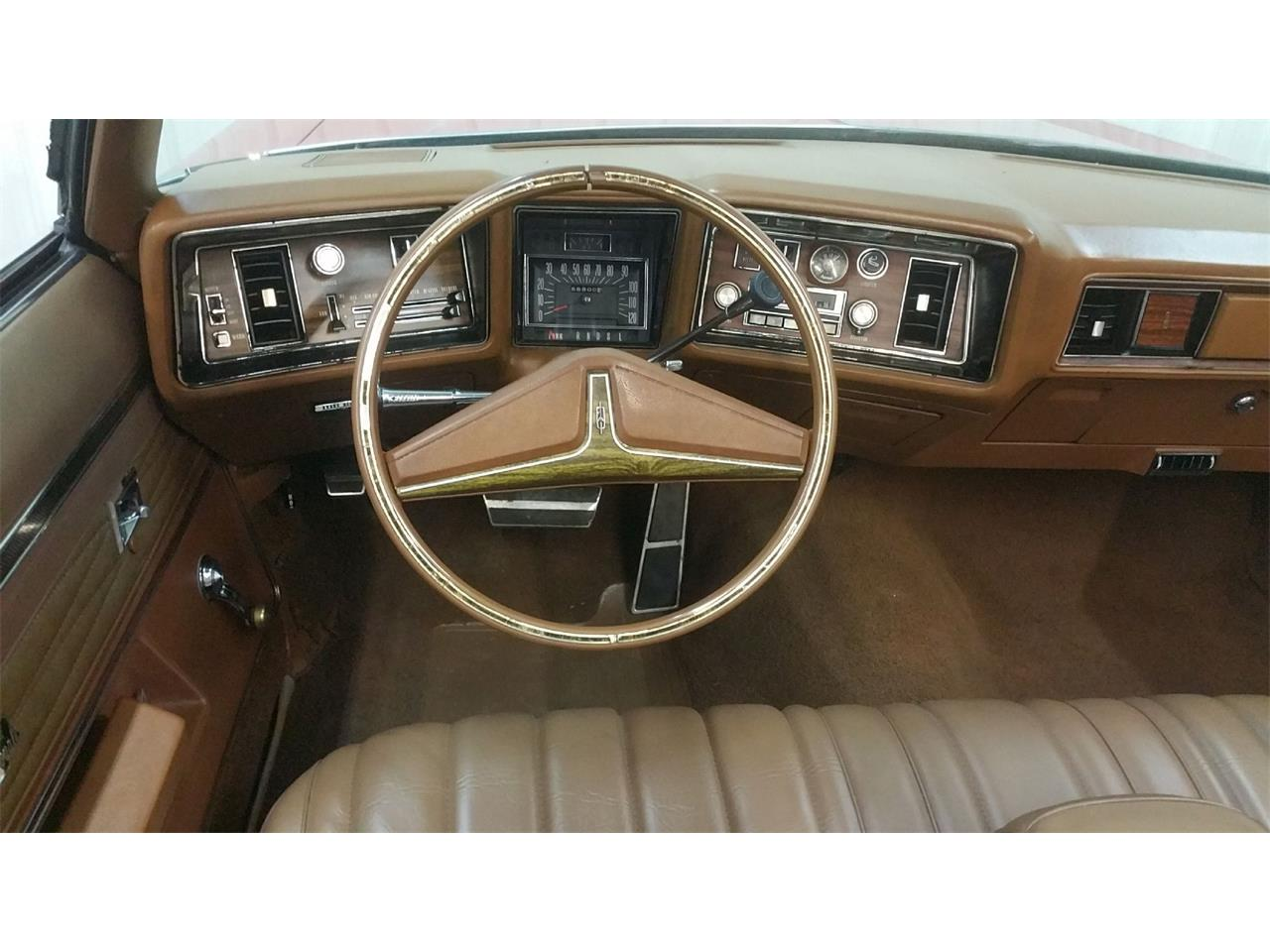 Large Picture of Classic 1972 2-Dr Sedan - $12,950.00 - MO6G