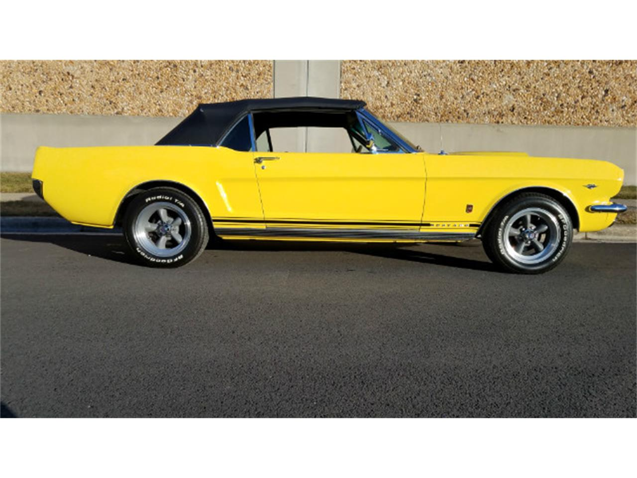 Large Picture of Classic '66 Ford Mustang located in Linthicum Maryland - MO76