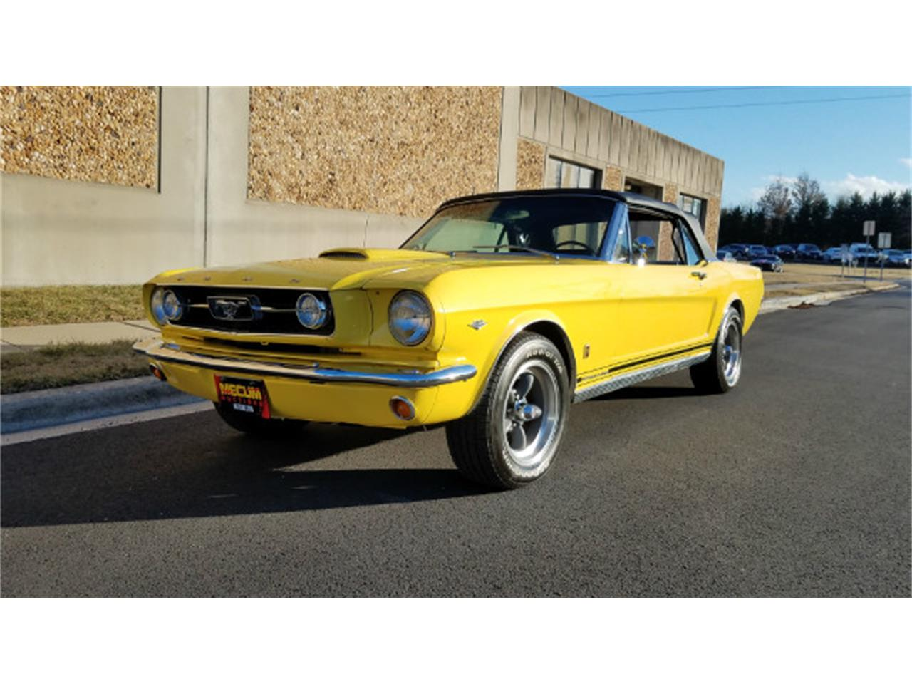 Large Picture of 1966 Mustang Offered by Universal Auto Sales - MO76