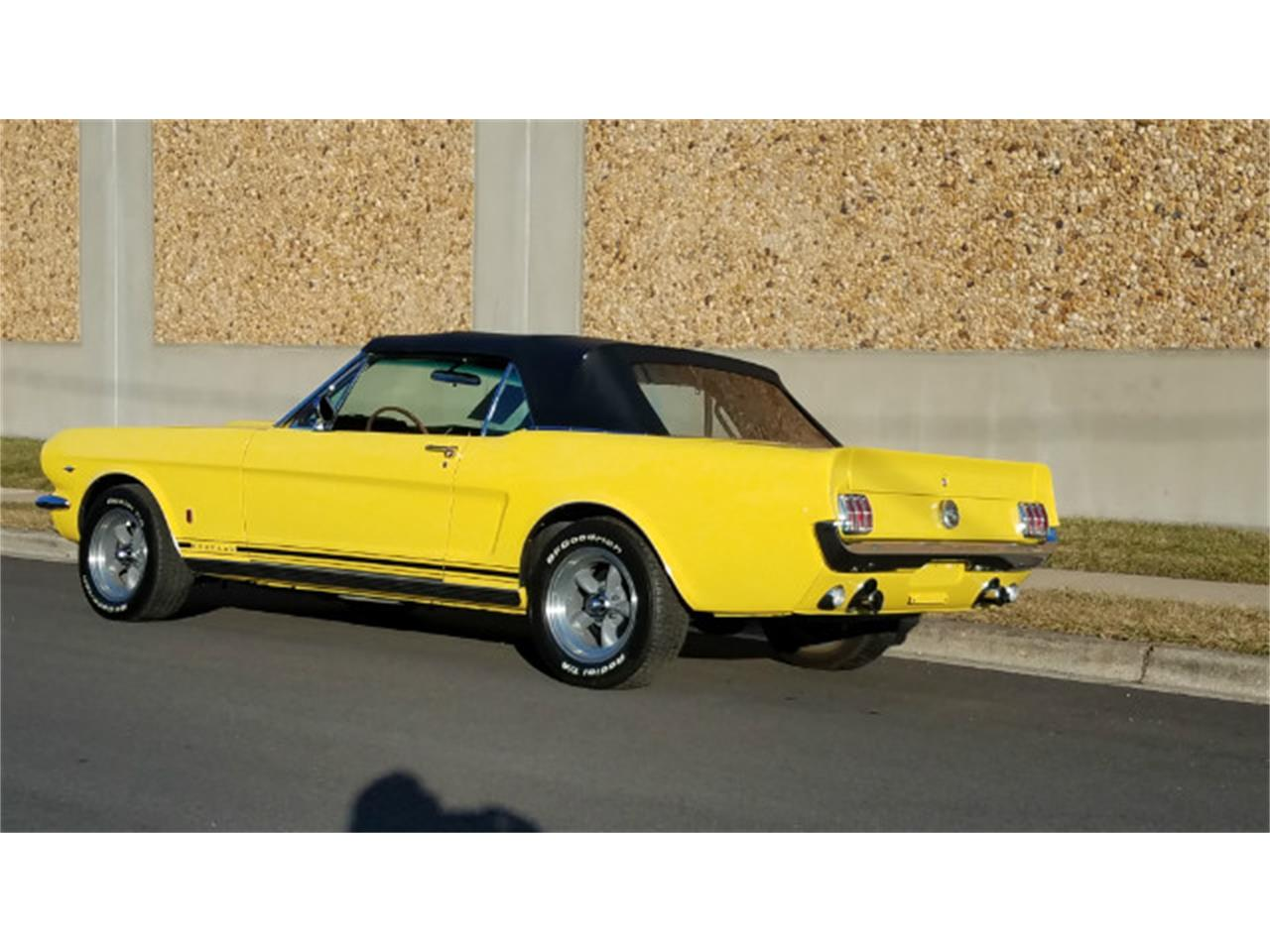 Large Picture of '66 Ford Mustang Offered by Universal Auto Sales - MO76