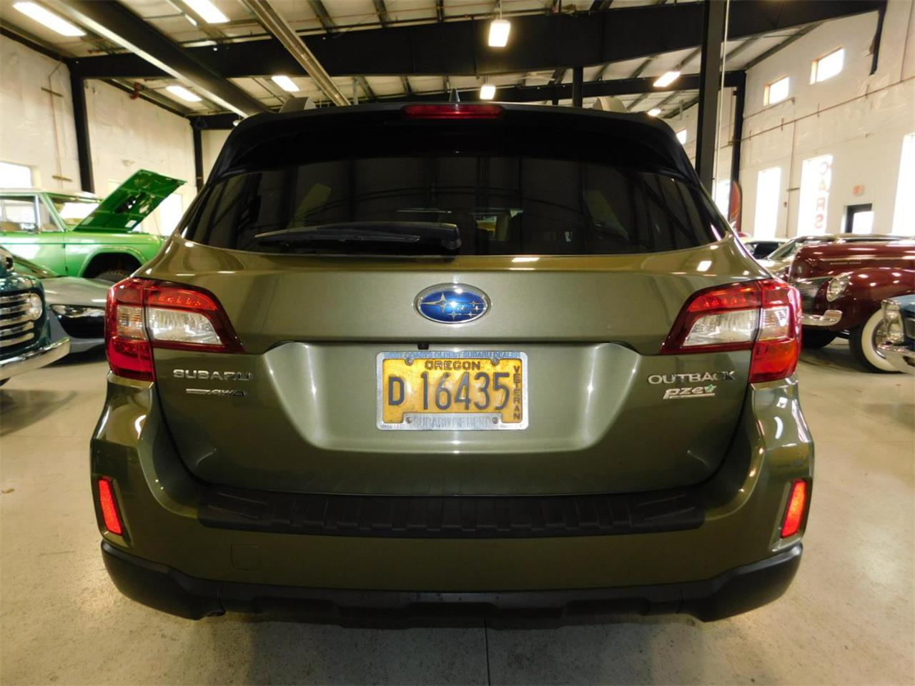 Large Picture of '16 Subaru Outback located in Oregon - $22,495.00 Offered by Bend Park And Sell - MO7H