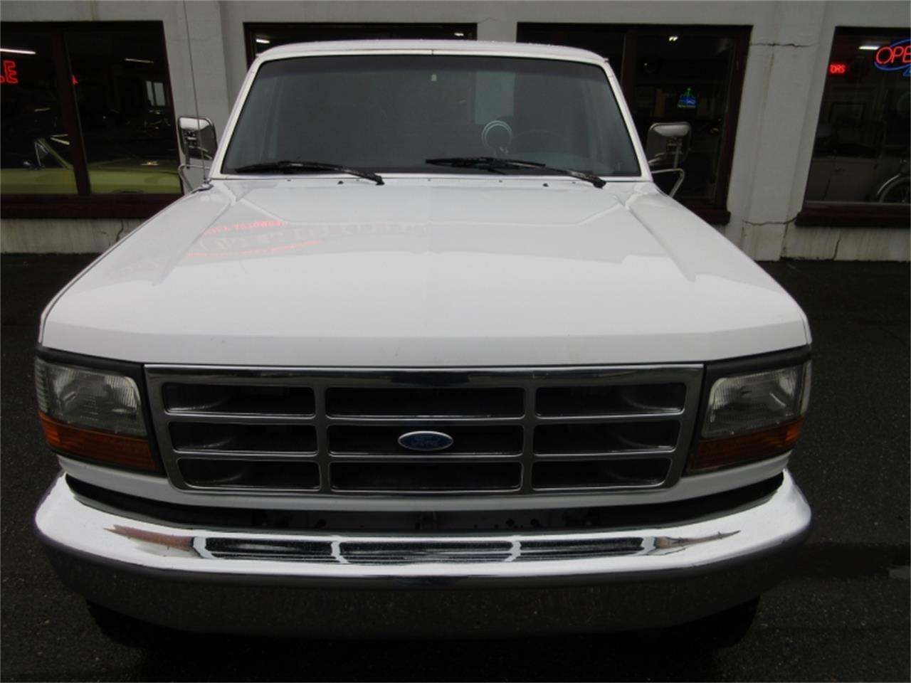Large Picture of 1993 Ford F150 located in Tocoma Washington Offered by Premium Motors - MO7K