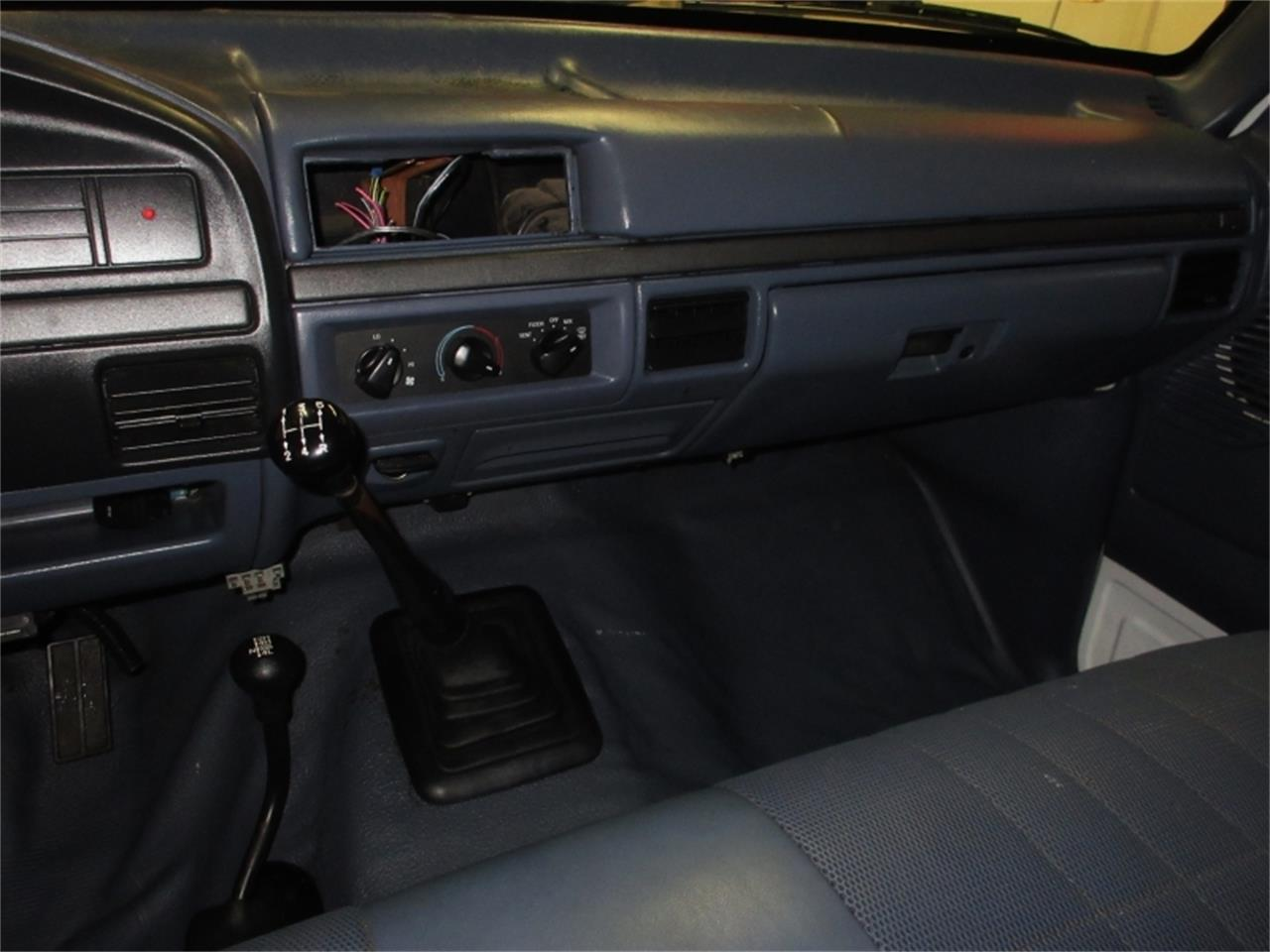 Large Picture of 1993 Ford F150 Offered by Premium Motors - MO7K
