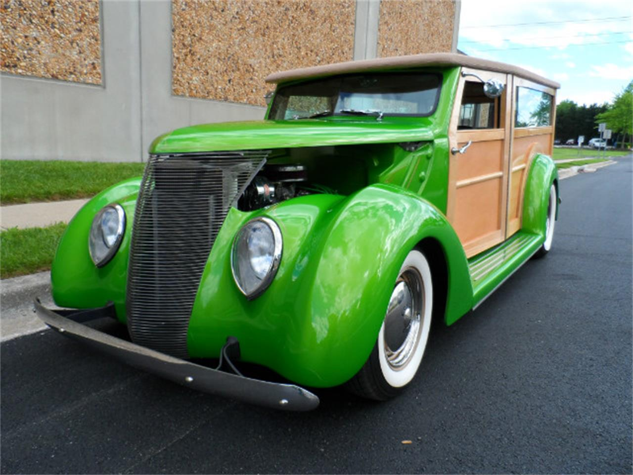 Large Picture of Classic '37 Woody Wagon - MO7L