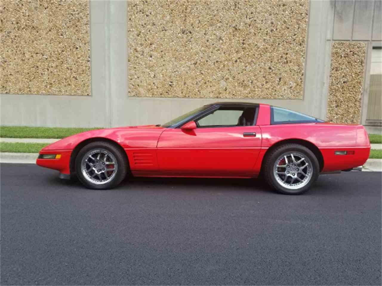 Large Picture of '94 Corvette - MO8C