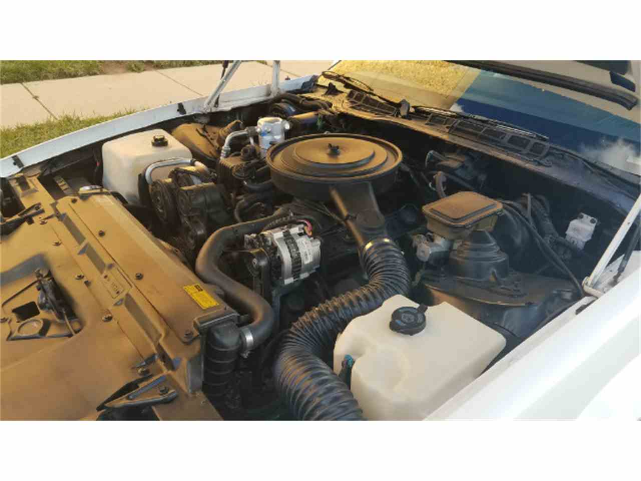 Large Picture of '89 Camaro - MO8K