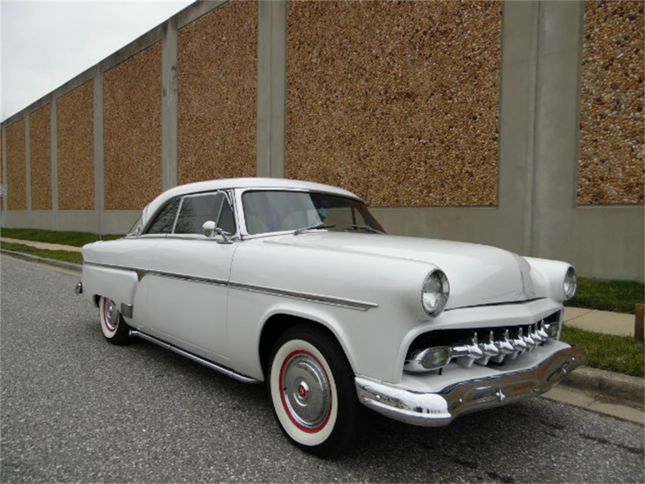 Large Picture of Classic '54 Ford Crown Victoria - MO8M