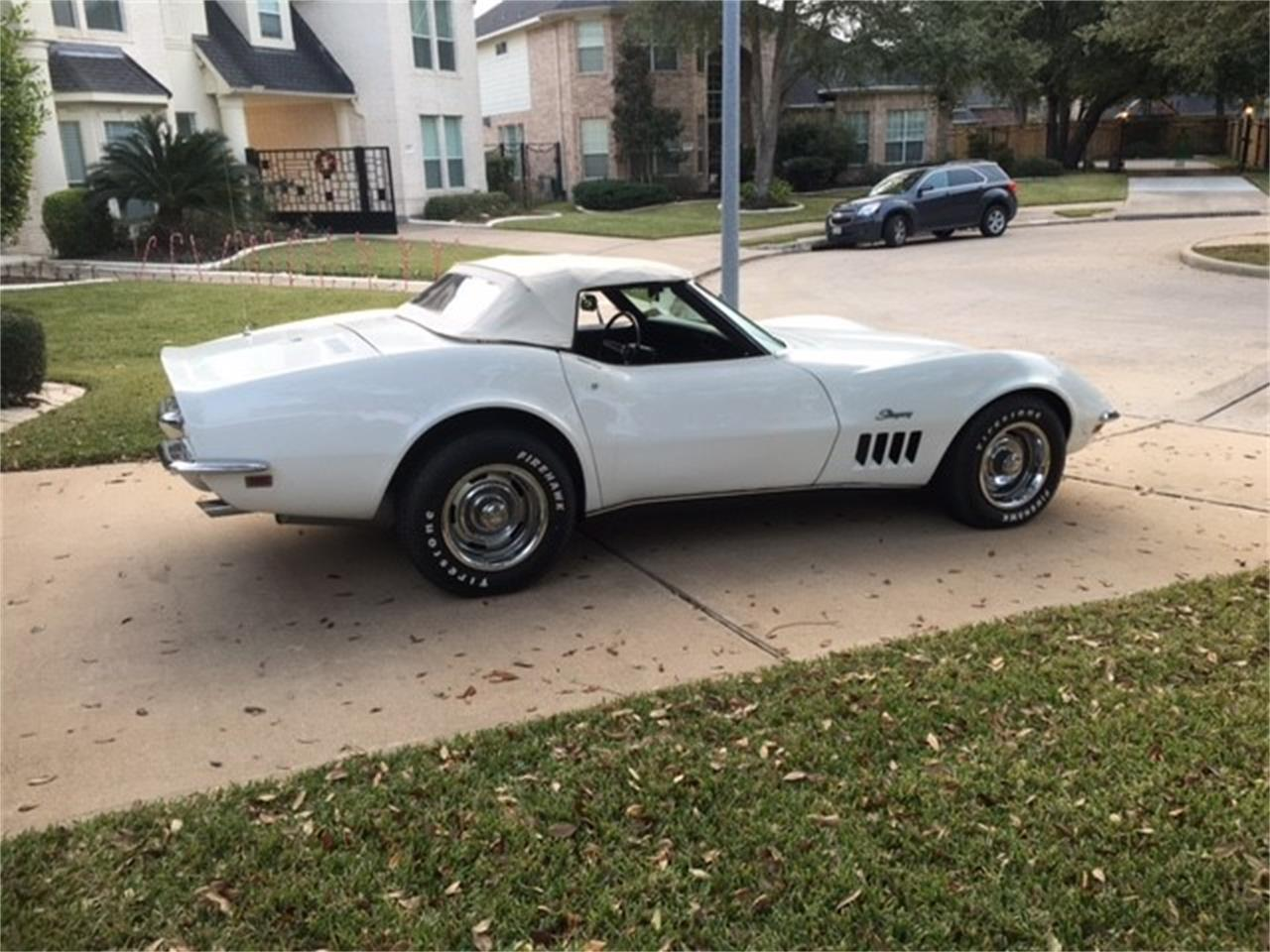 Large Picture of Classic '69 Chevrolet Corvette located in Scottsdale Arizona Auction Vehicle - MO8Q