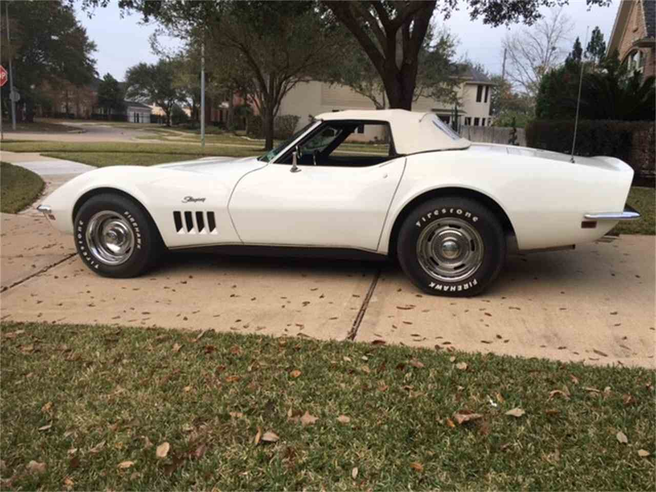 Large Picture of '69 Corvette - MO8Q