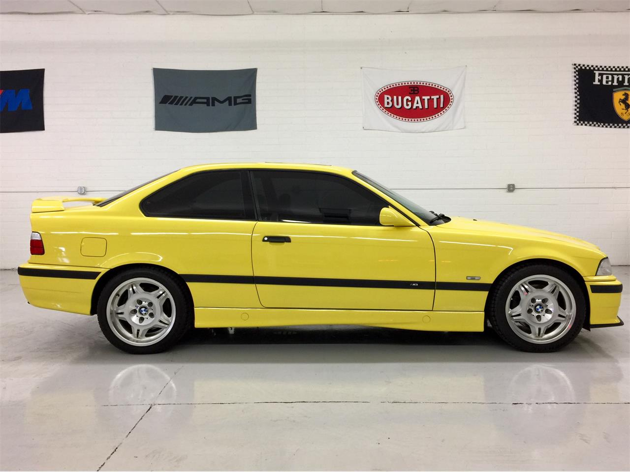 Large Picture of '97 BMW M3 located in Scottsdale Arizona Auction Vehicle - MO91
