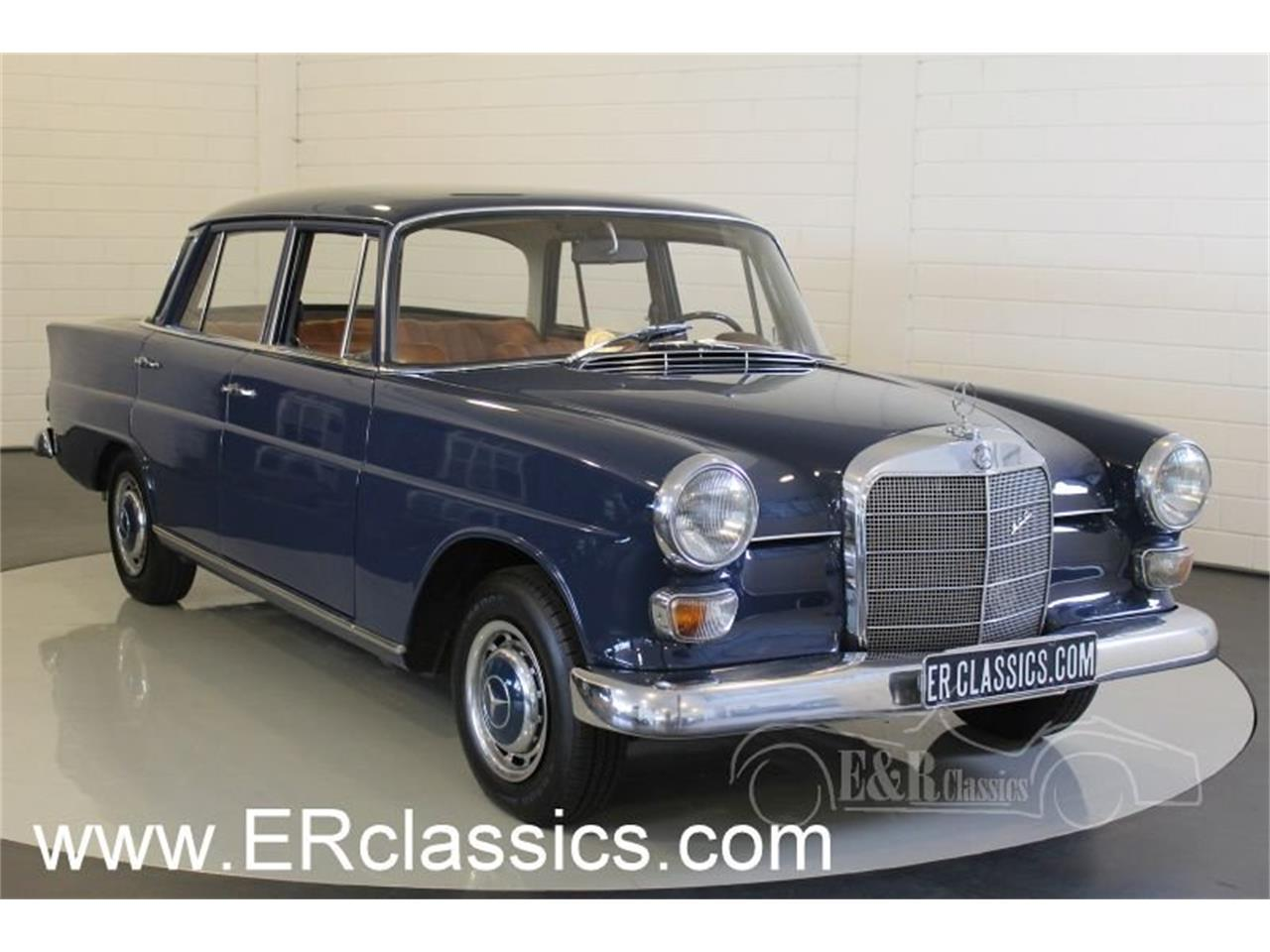 Large Picture of '67 Mercedes-Benz 200 - MO9J