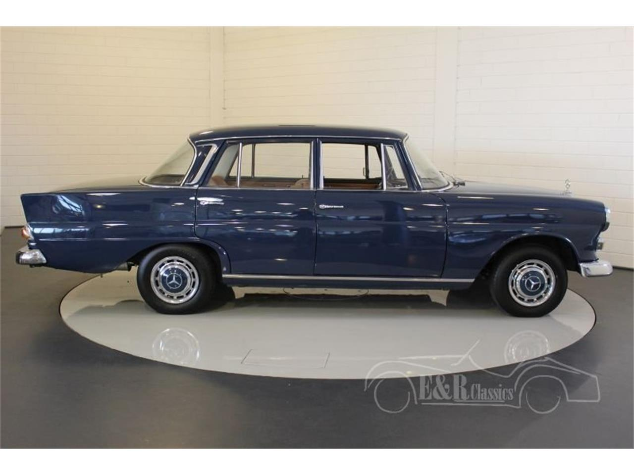 Large Picture of Classic 1967 200 located in Waalwijk Noord-Brabant - MO9J