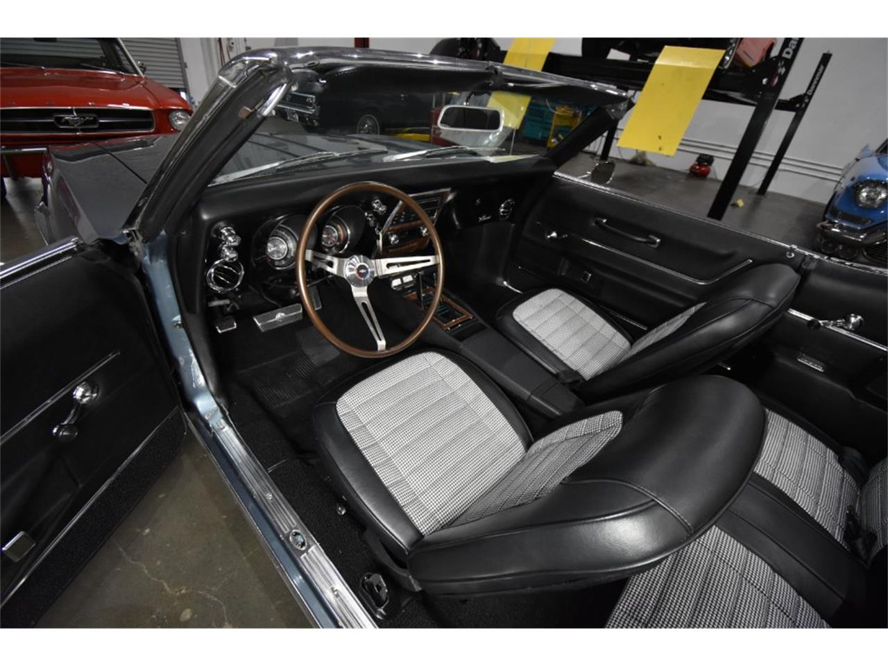 Large Picture of Classic '68 Chevrolet Camaro Offered by Radwan Classic Cars - MO9U