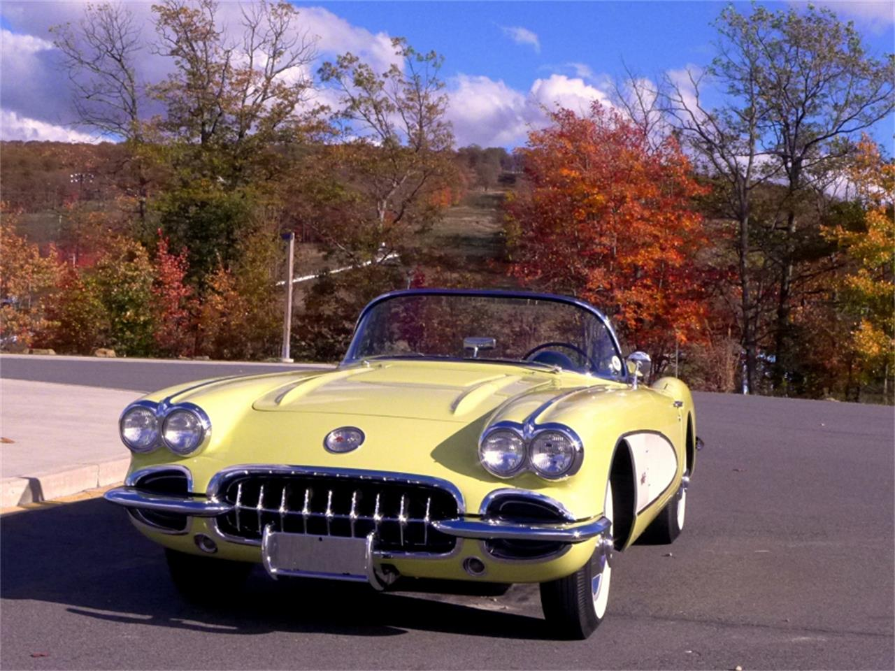 Large Picture of '58 Corvette - MOA1