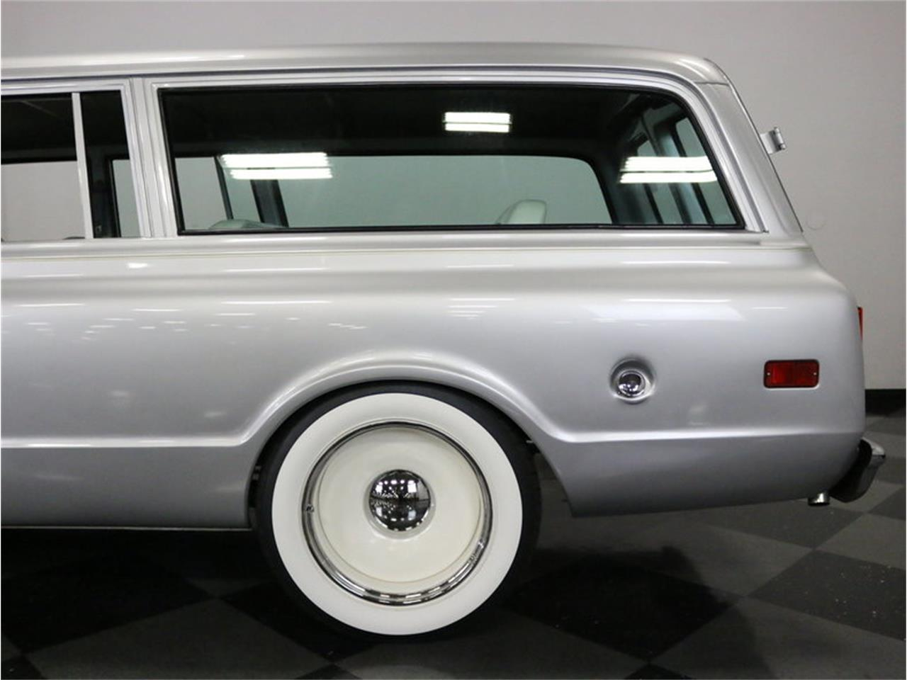 Large Picture of 1971 Suburban - MOA7