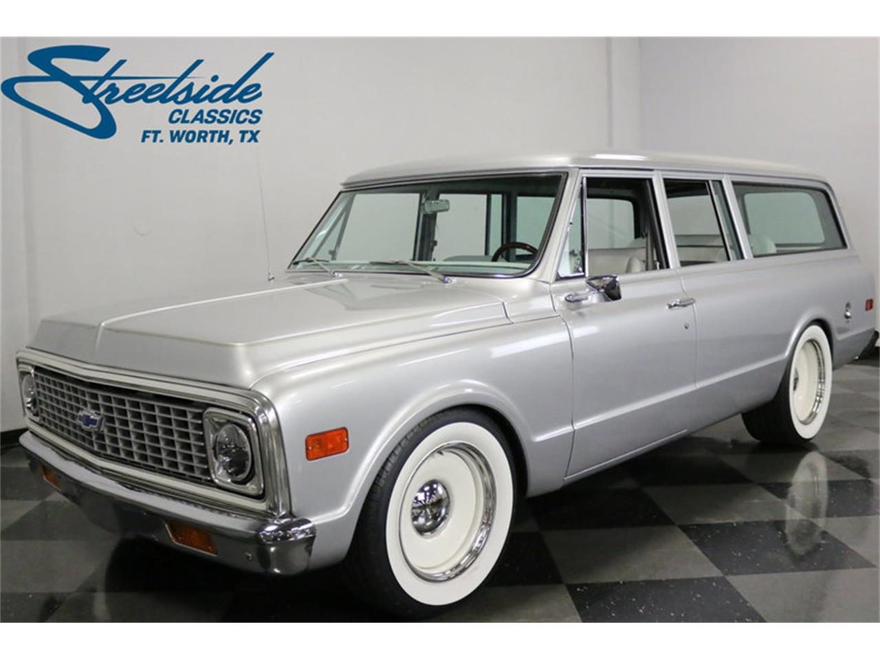 Large Picture of '71 Suburban - MOA7