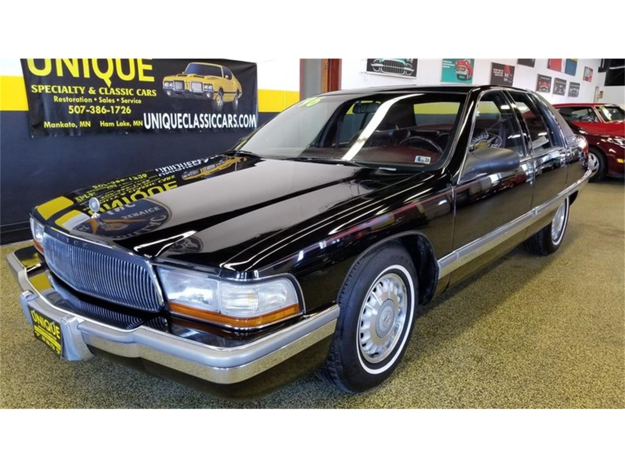 Large Picture of '96 Roadmaster    Limited - MOA9