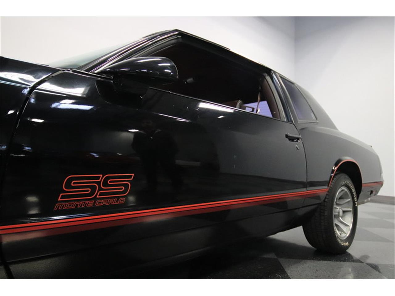 Large Picture of '88 Monte Carlo SS - MOAB