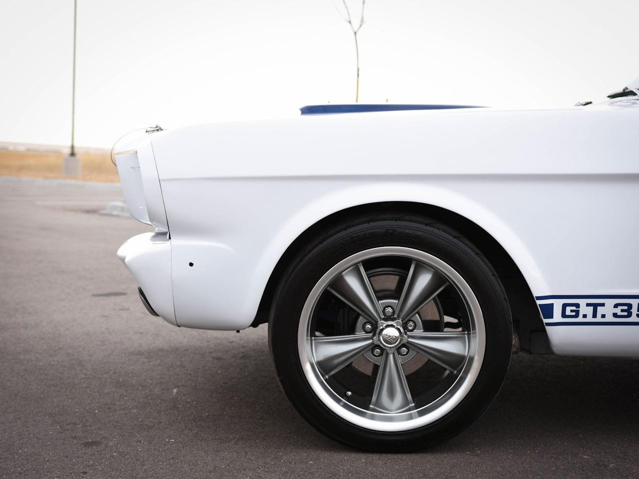 Large Picture of 1965 Mustang located in O'Fallon Illinois - MOAC