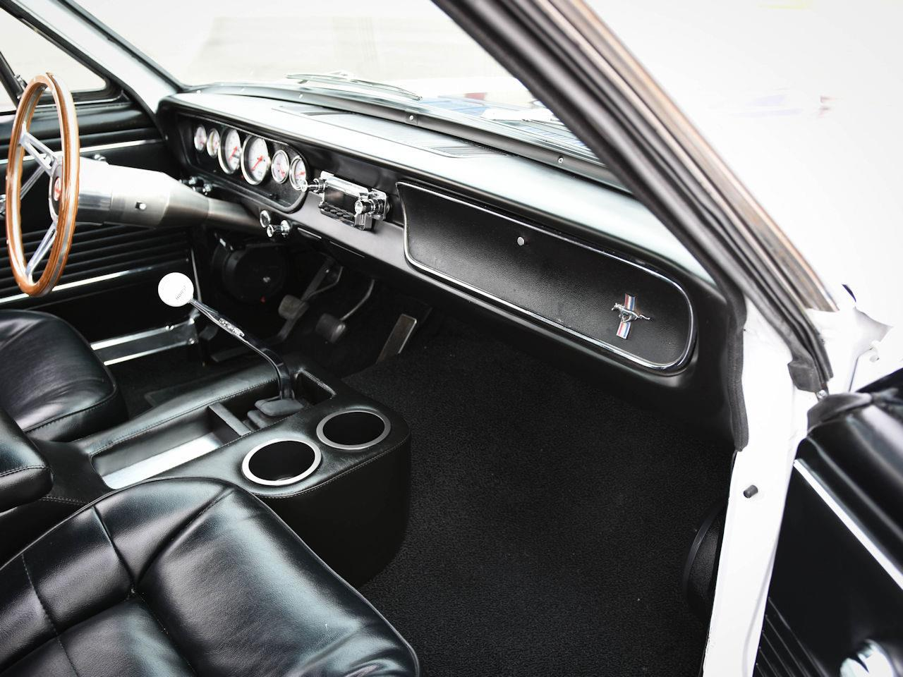 Large Picture of 1965 Ford Mustang located in Illinois - $49,995.00 - MOAC