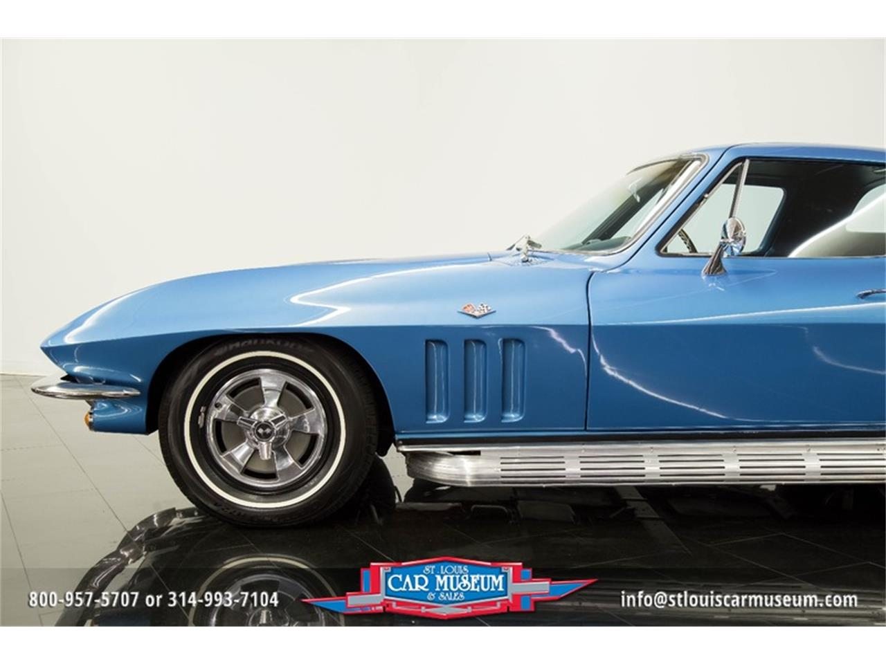 Large Picture of Classic '66 Chevrolet Corvette located in St. Louis Missouri - MOAD