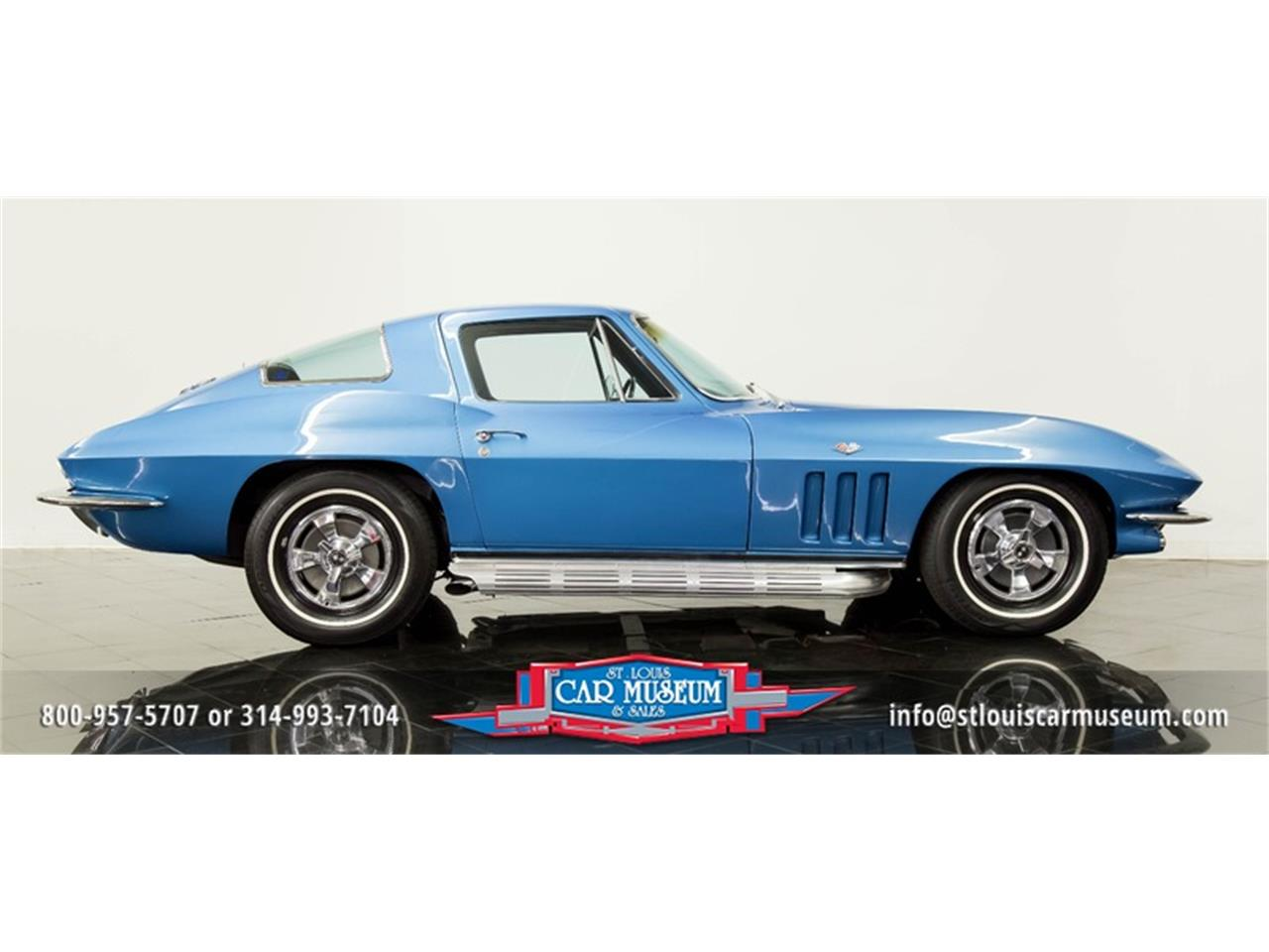 Large Picture of Classic 1966 Corvette - MOAD