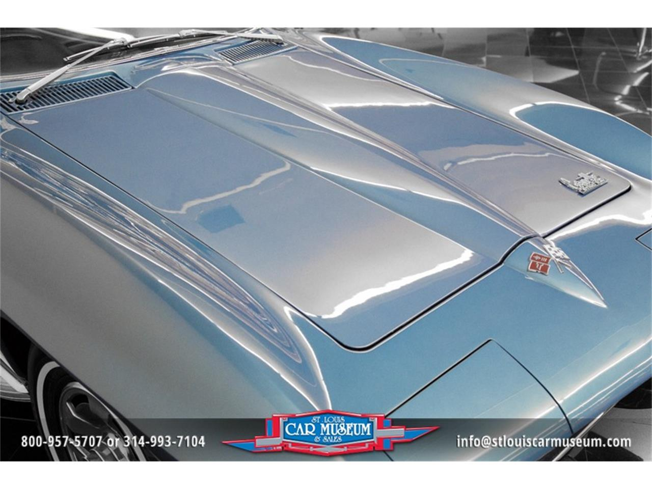 Large Picture of '66 Chevrolet Corvette - MOAD