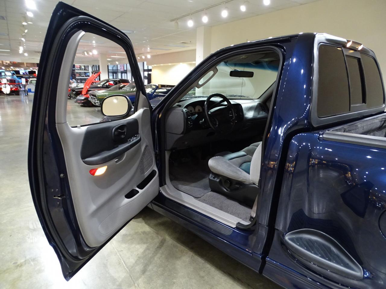 Large Picture of '02 Ford F150 located in Illinois - $20,595.00 - MOAG