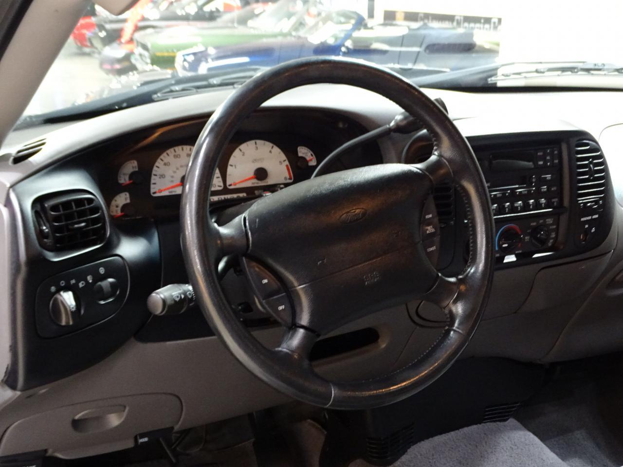 Large Picture of 2002 Ford F150 located in Illinois - $20,595.00 Offered by Gateway Classic Cars - St. Louis - MOAG