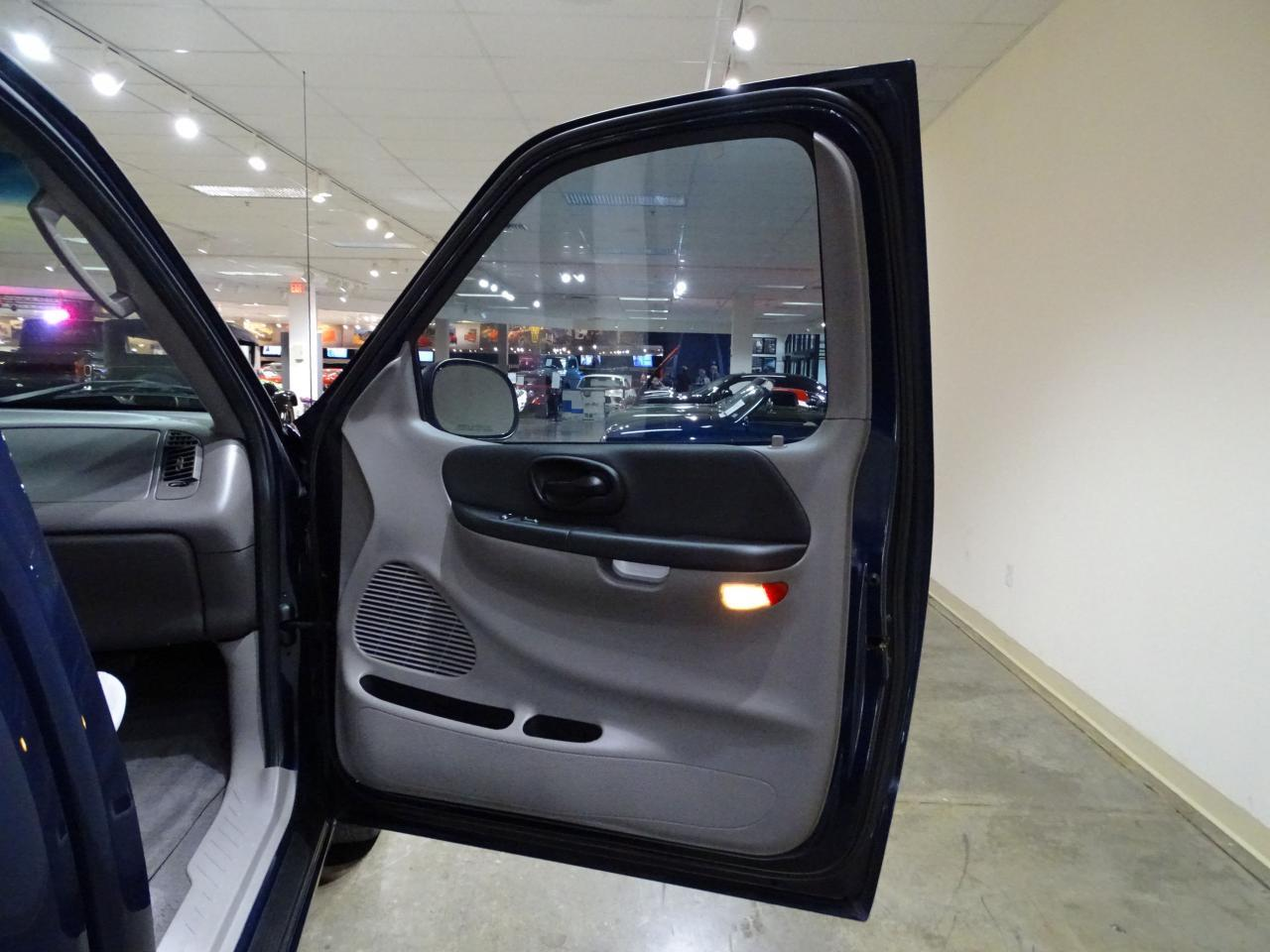 Large Picture of '02 F150 Offered by Gateway Classic Cars - St. Louis - MOAG