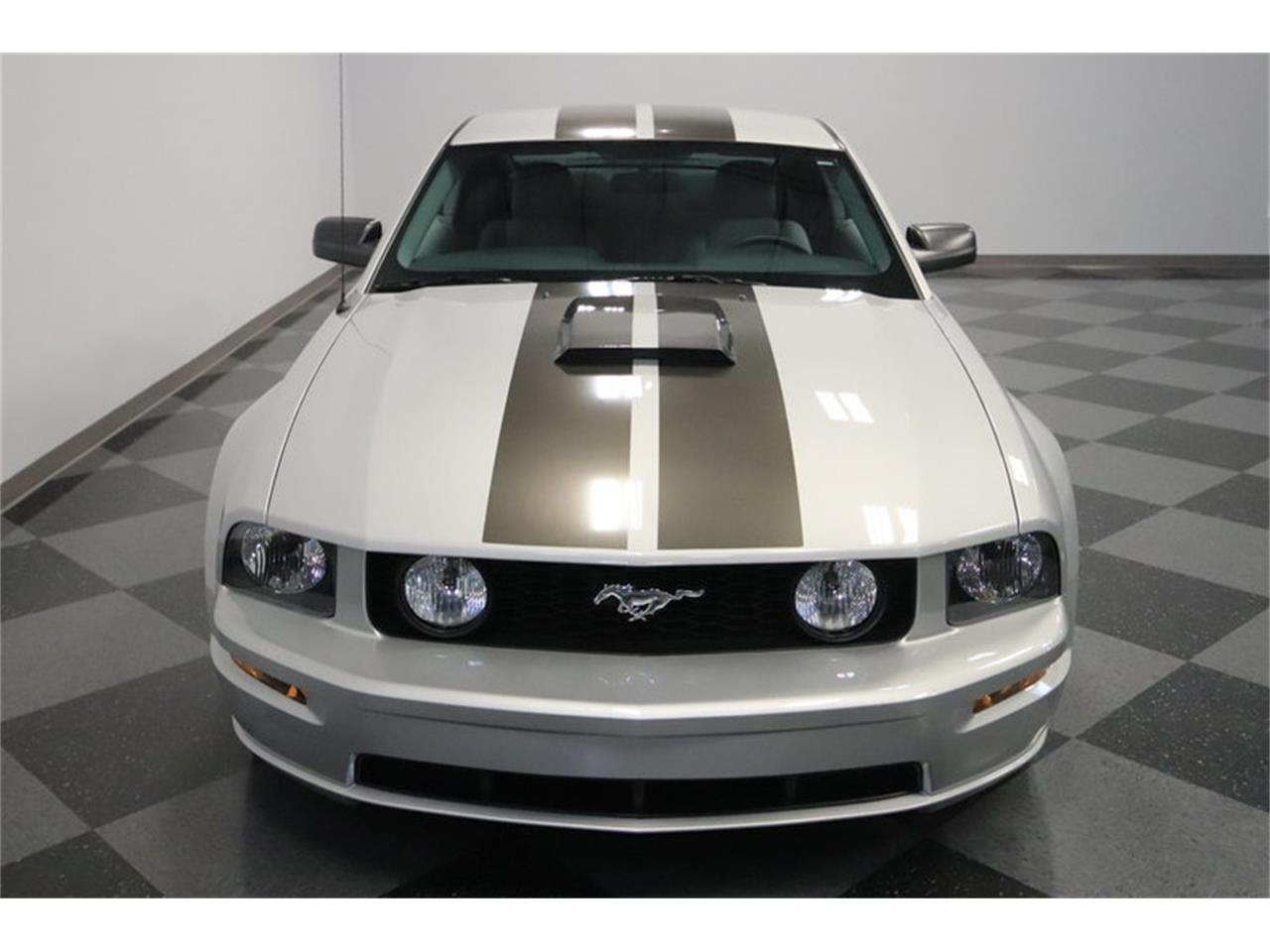 Large Picture of 2005 Mustang GT - $16,995.00 - MOAI
