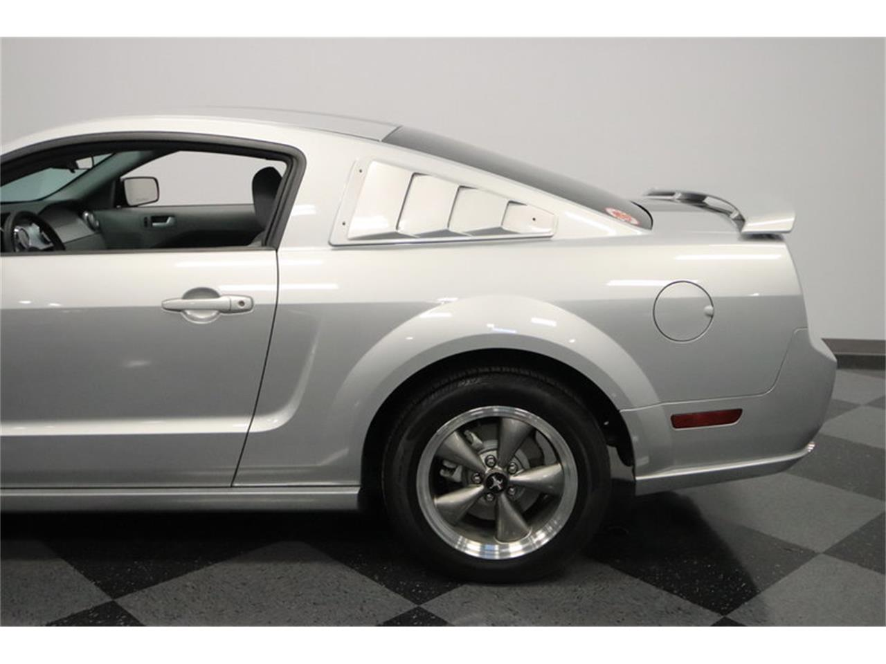 Large Picture of '05 Mustang GT located in Mesa Arizona - $16,995.00 Offered by Streetside Classics - Phoenix - MOAI