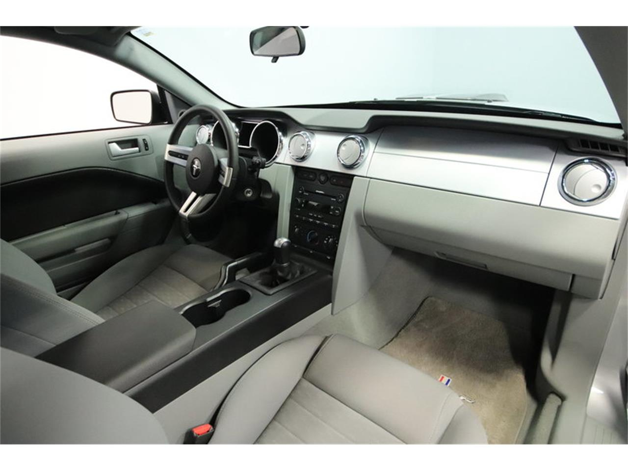 Large Picture of 2005 Mustang GT located in Mesa Arizona - $16,995.00 Offered by Streetside Classics - Phoenix - MOAI