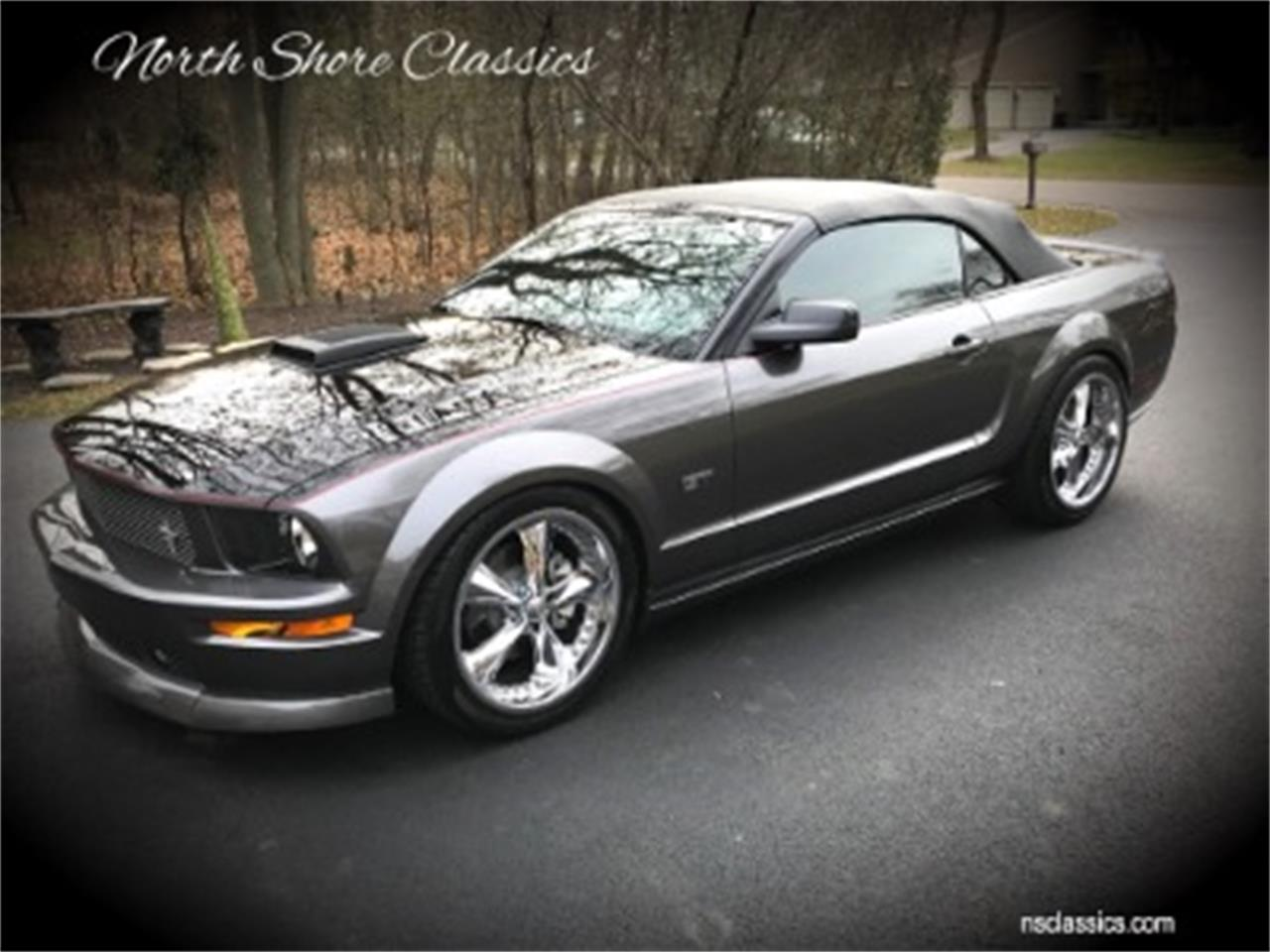 Large Picture of 2006 Ford Mustang located in Illinois - MOAW