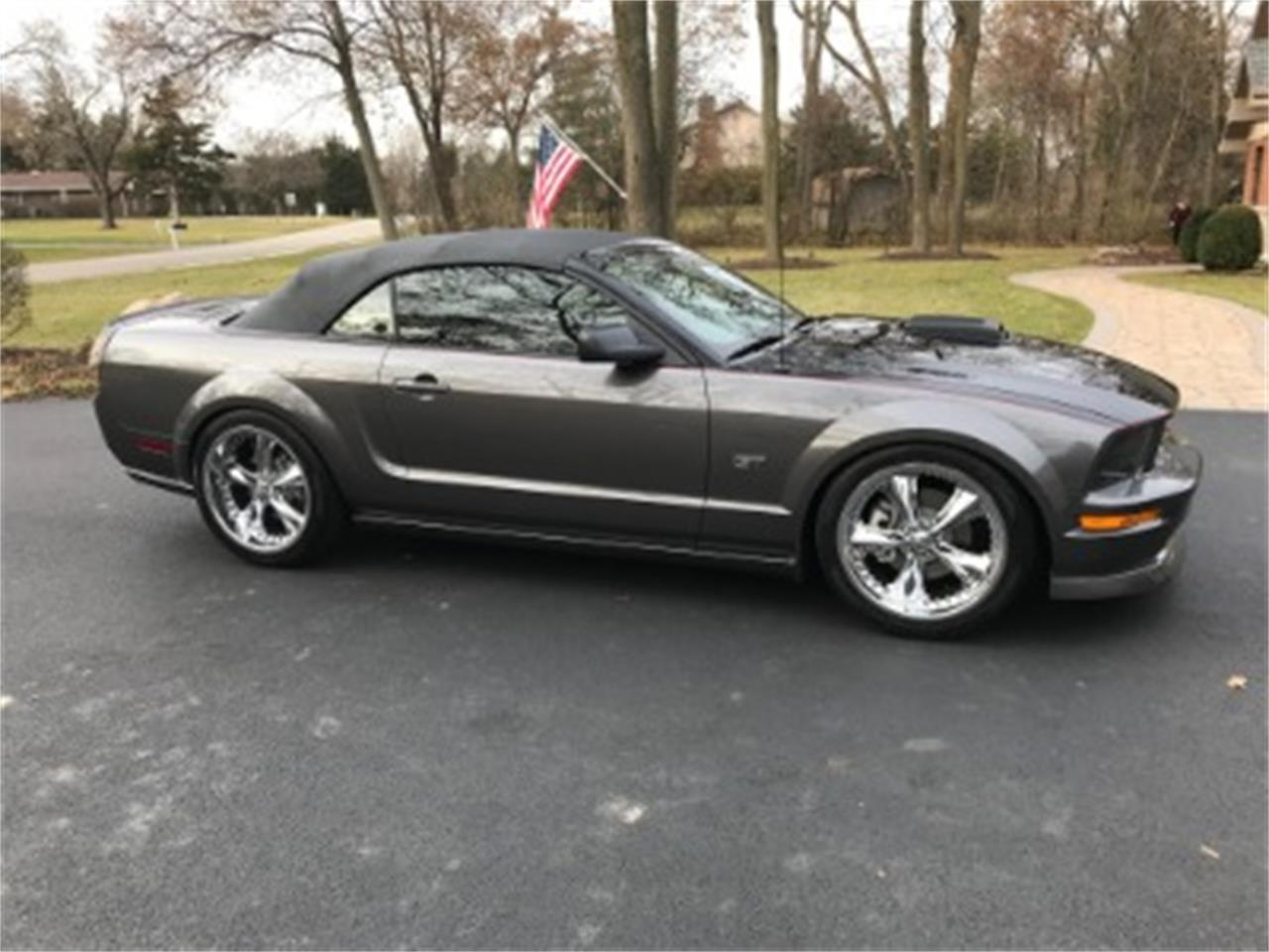 Large Picture of '06 Ford Mustang - MOAW
