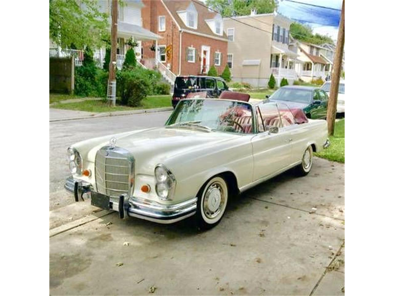 Large Picture of '66 Mercedes-Benz 250 - $78,495.00 Offered by Classic Car Deals - MOB0