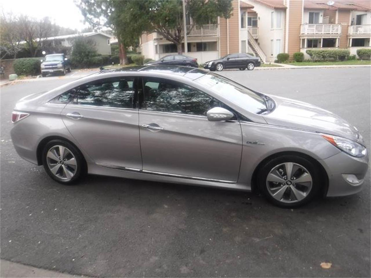 Large Picture of '11 Sonata - $9,995.00 Offered by Allen Motors, Inc. - MOBC