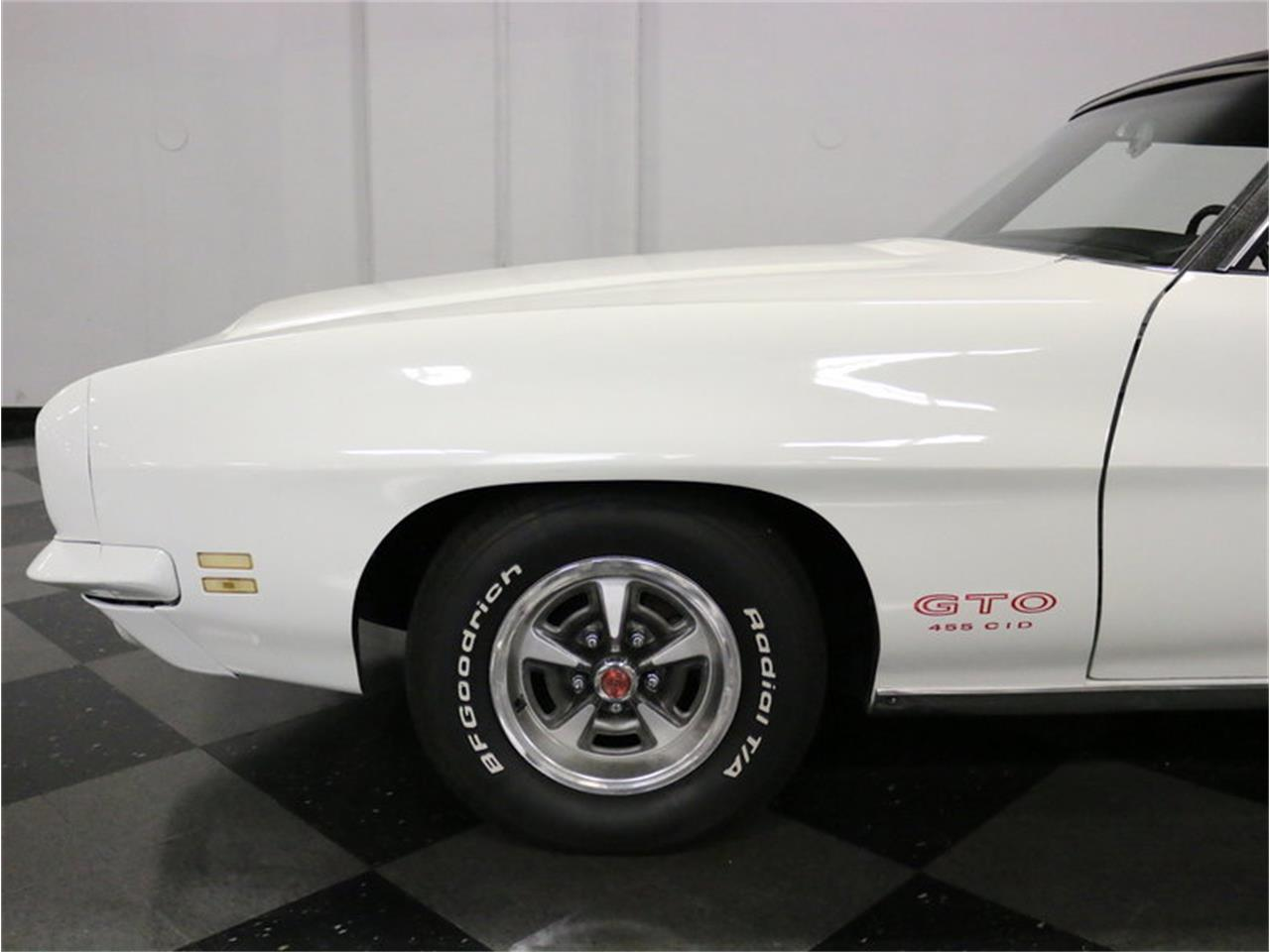 Large Picture of 1971 GTO - MOBK
