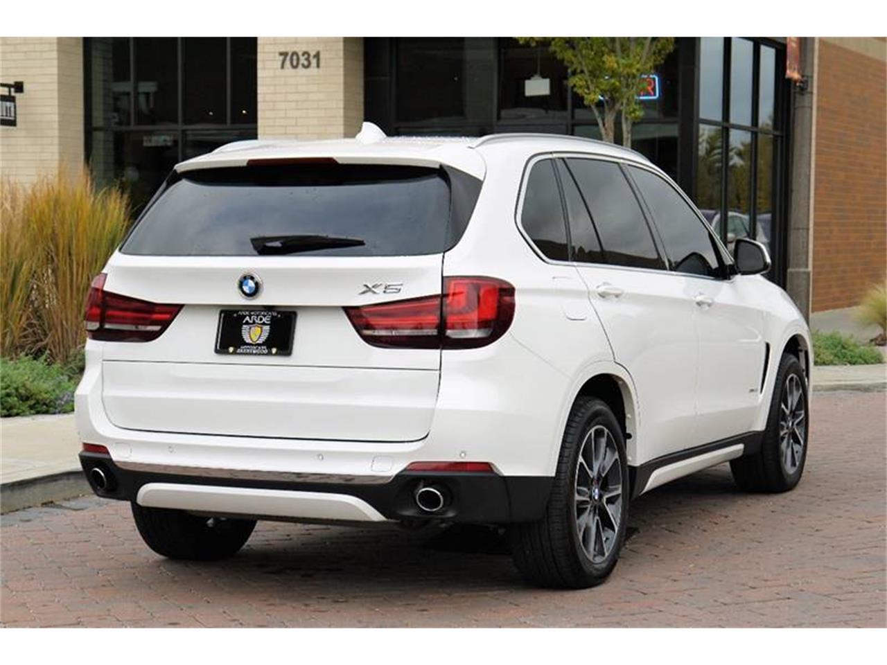 Large Picture of 2017 BMW X5 located in Tennessee - $56,800.00 - MOC5