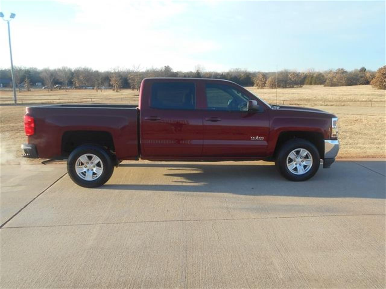 Large Picture of '17 Silverado - $26,900.00 Offered by Knippelmier Classics - MOCG