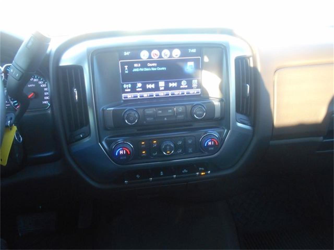 Large Picture of '17 Chevrolet Silverado - $26,900.00 - MOCG