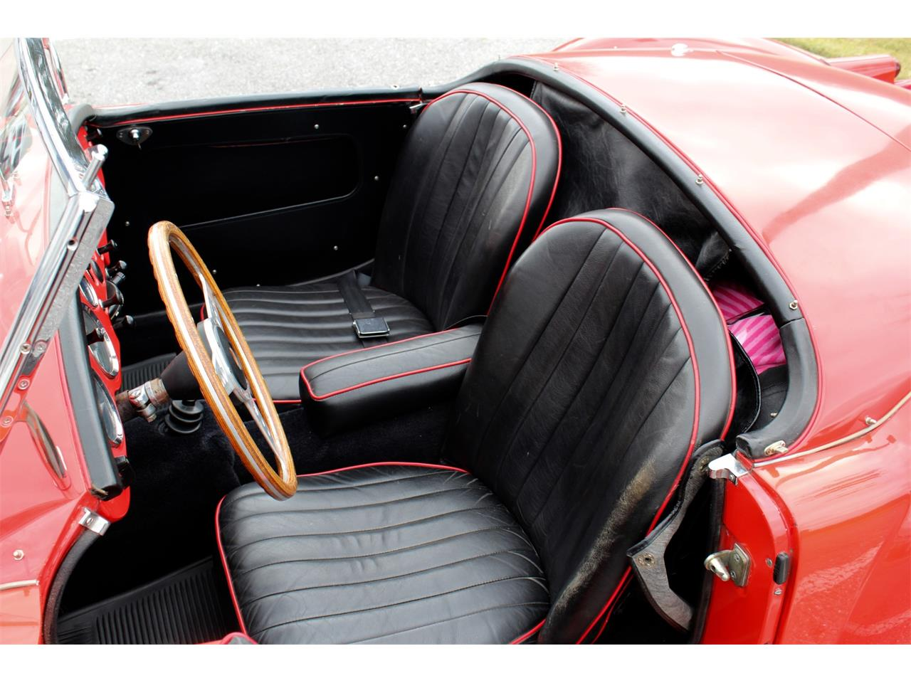 Large Picture of '61 MGA - MOCX