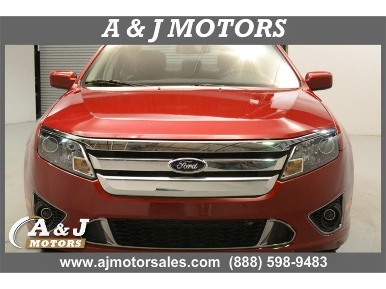 Large Picture of '12 Ford Fusion located in Marshfield Missouri - MOD0