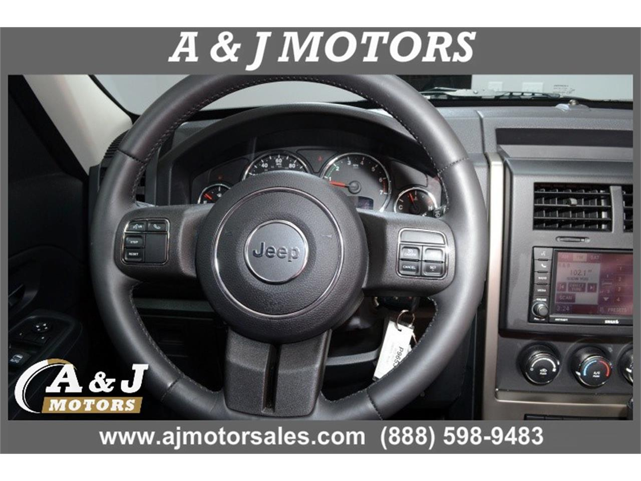 Large Picture of 2012 Jeep Liberty located in Missouri Offered by A & J Motors - MOD3
