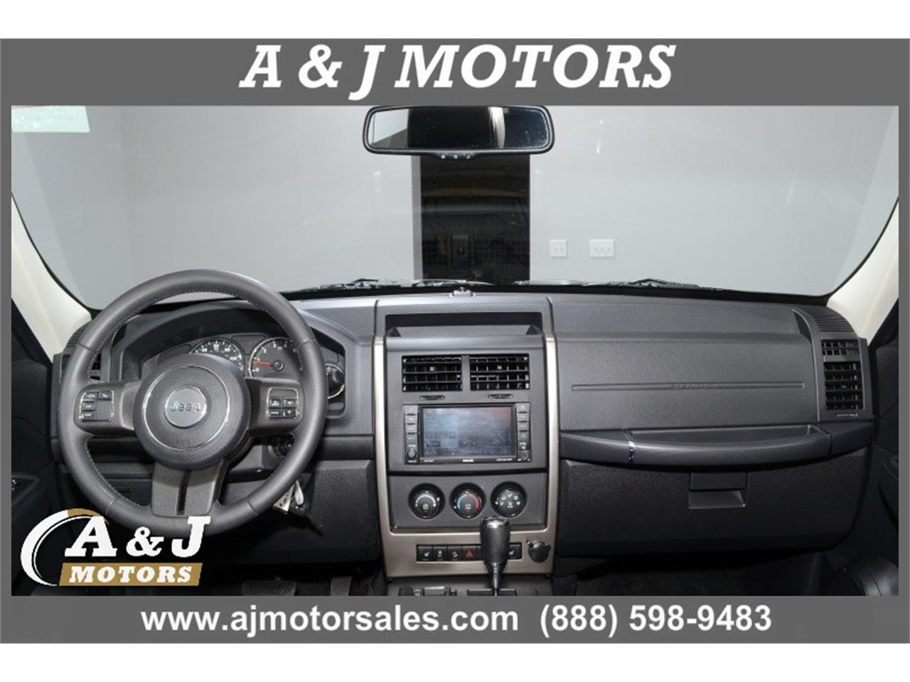Large Picture of '12 Jeep Liberty located in Missouri - $14,999.00 Offered by A & J Motors - MOD3