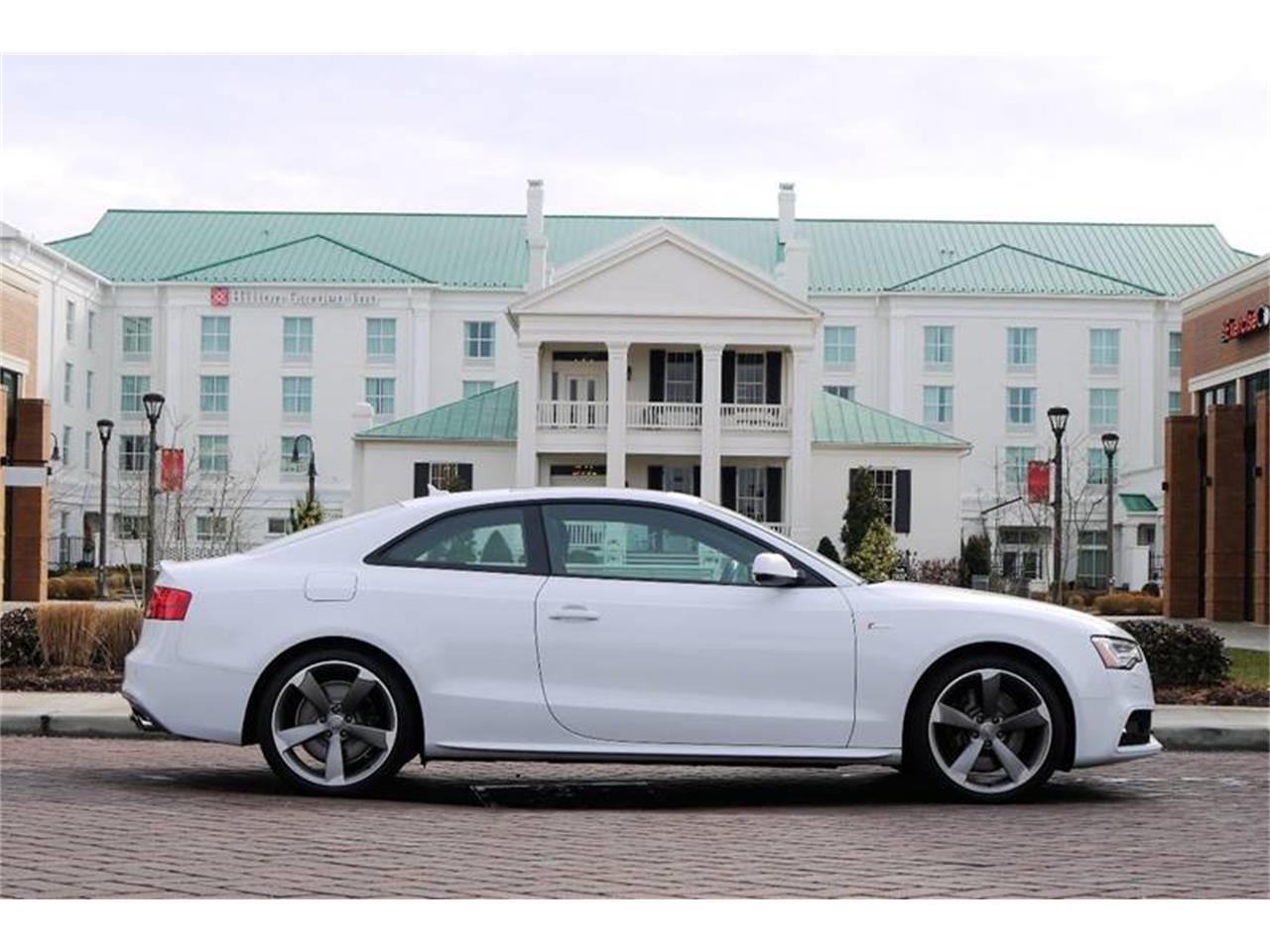 Large Picture of 2015 Audi S5 located in Tennessee - $45,800.00 - MOD5