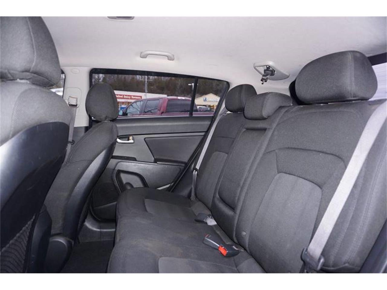 Large Picture of '11 Sportage - $7,400.00 - MODN